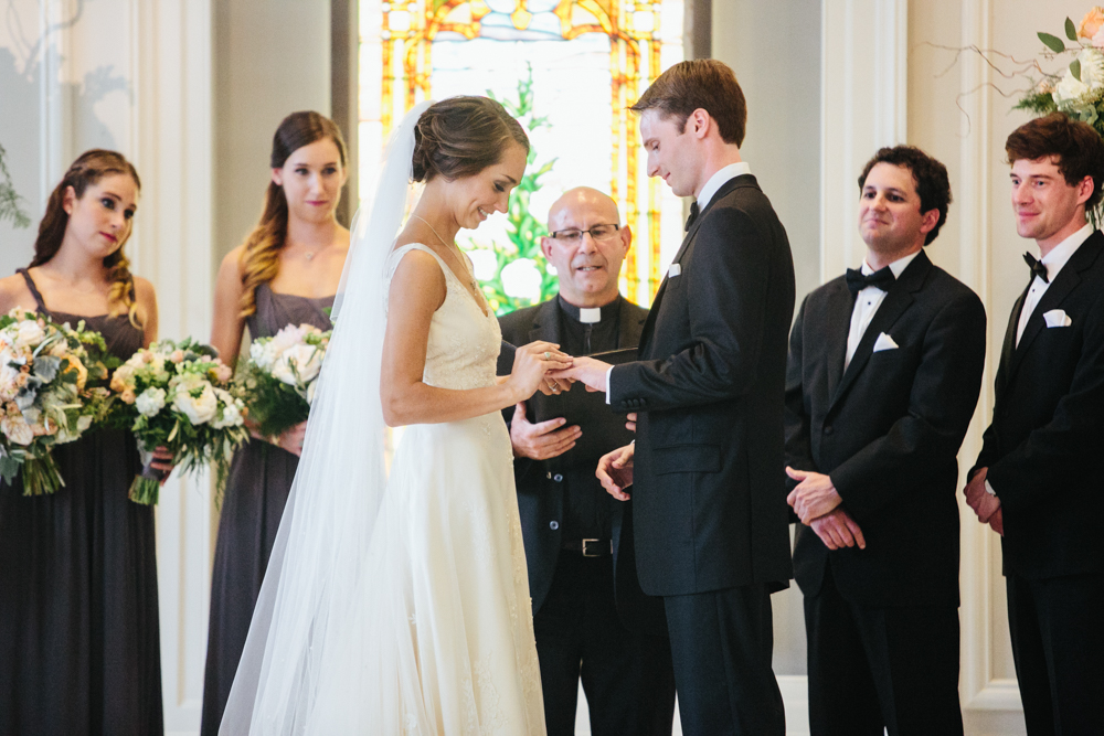 wedding venue ideas, chicago history museum, museum wedding, traditional wedding ceremony, blair culwell, the fox and she