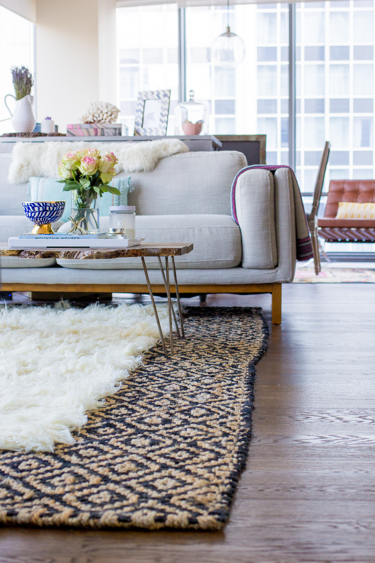 How To Layer Rugs Like A Pro U2014 Via @TheFoxandShe Awesome Ideas