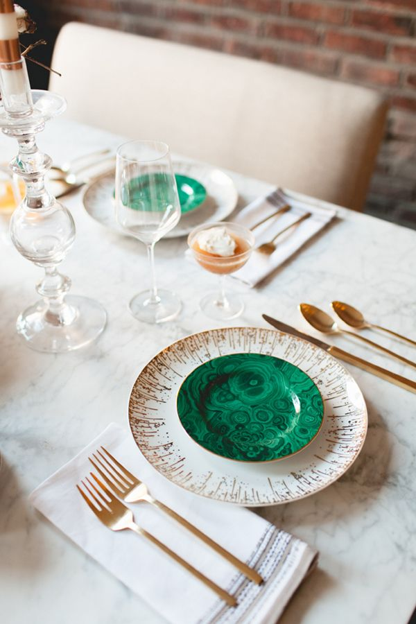 Color Crush: Emerald Green — via @TheFoxandShe