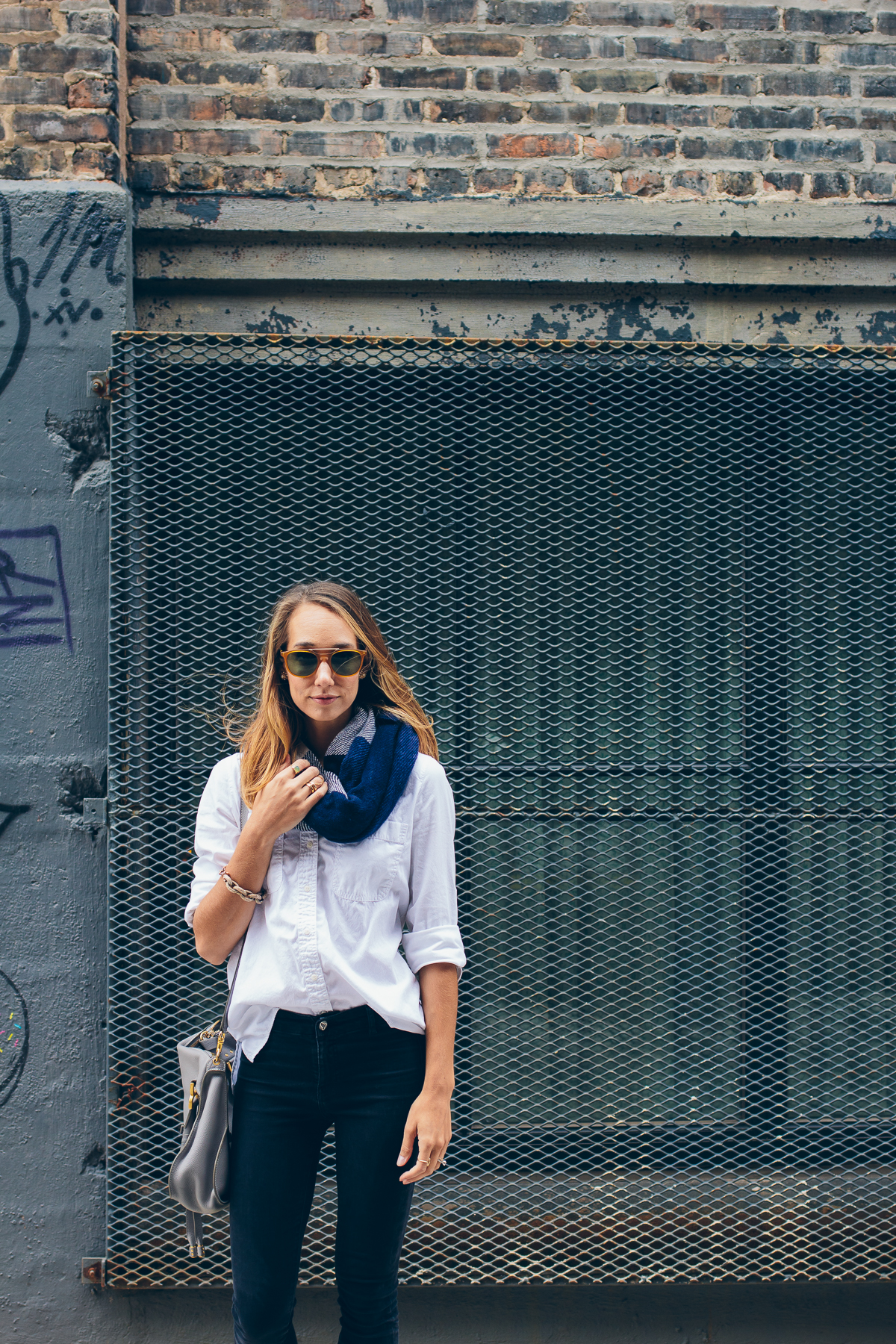 casual fall outfit — via @TheFoxandShe