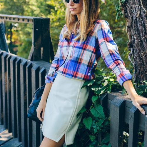 How to Wear Plaid This Fall —via @TheFoxandShe