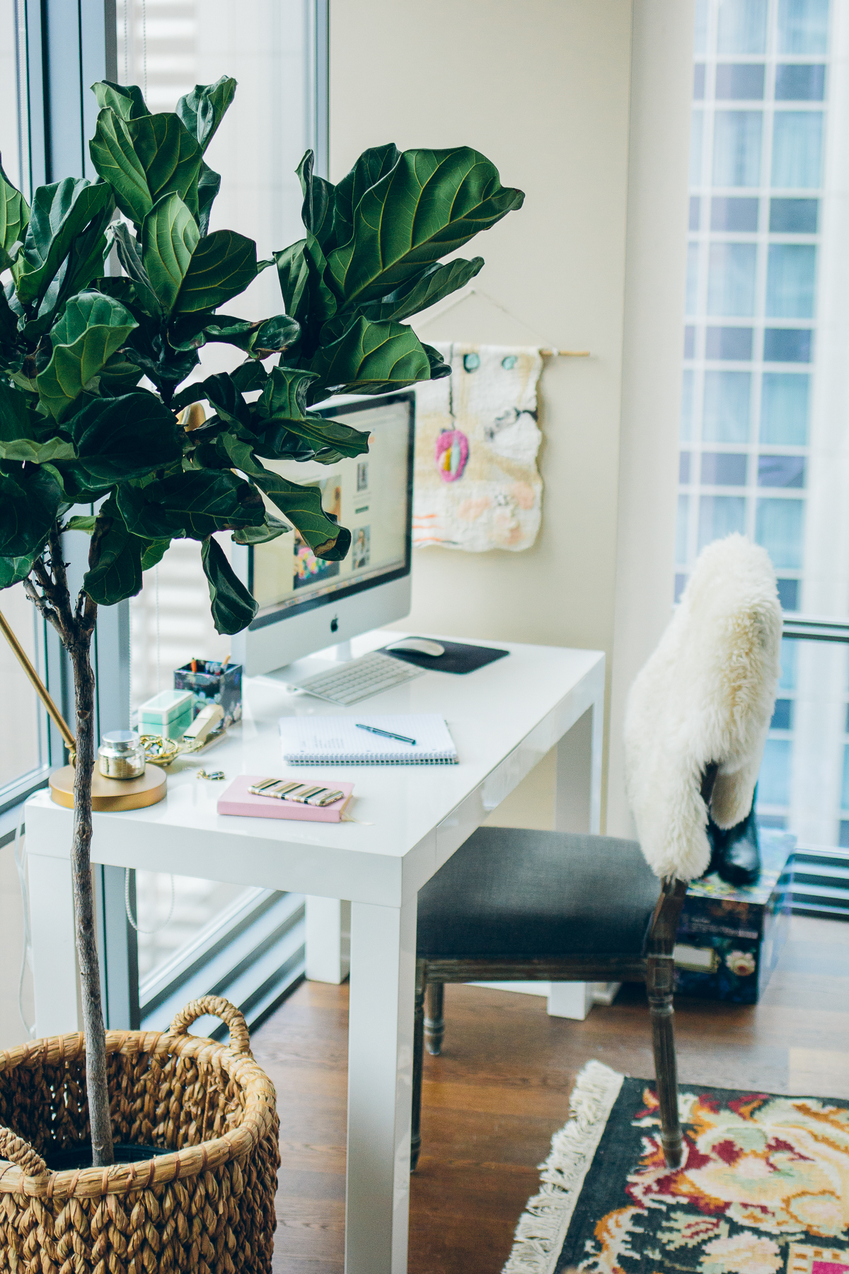 how to create an inspiring workspace, cynthia rowley office supplies — via @TheFoxandShe #inspiredoffice #quillxcynthiarowley