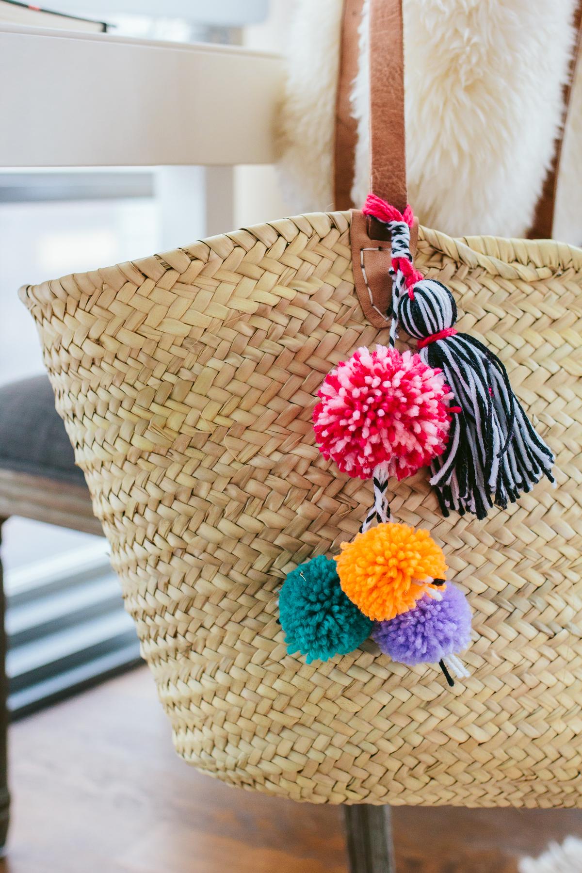 DIY Pom Pom Beach Bag, DIY Tassel Beach Bag, easy diy project, straw beach bag —via @TheFoxandShe