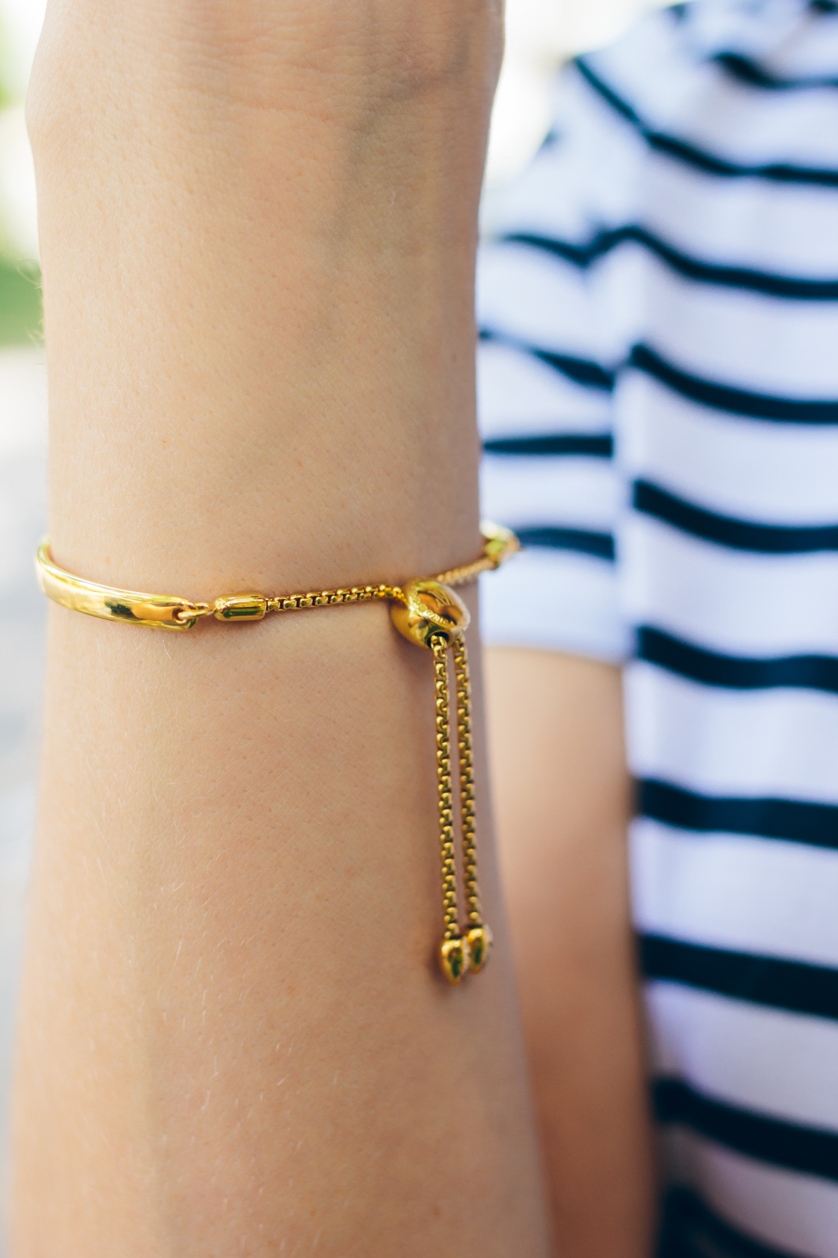 Monica Vinader fiji bracelet, simple gold jewelry — via @TheFoxandShe