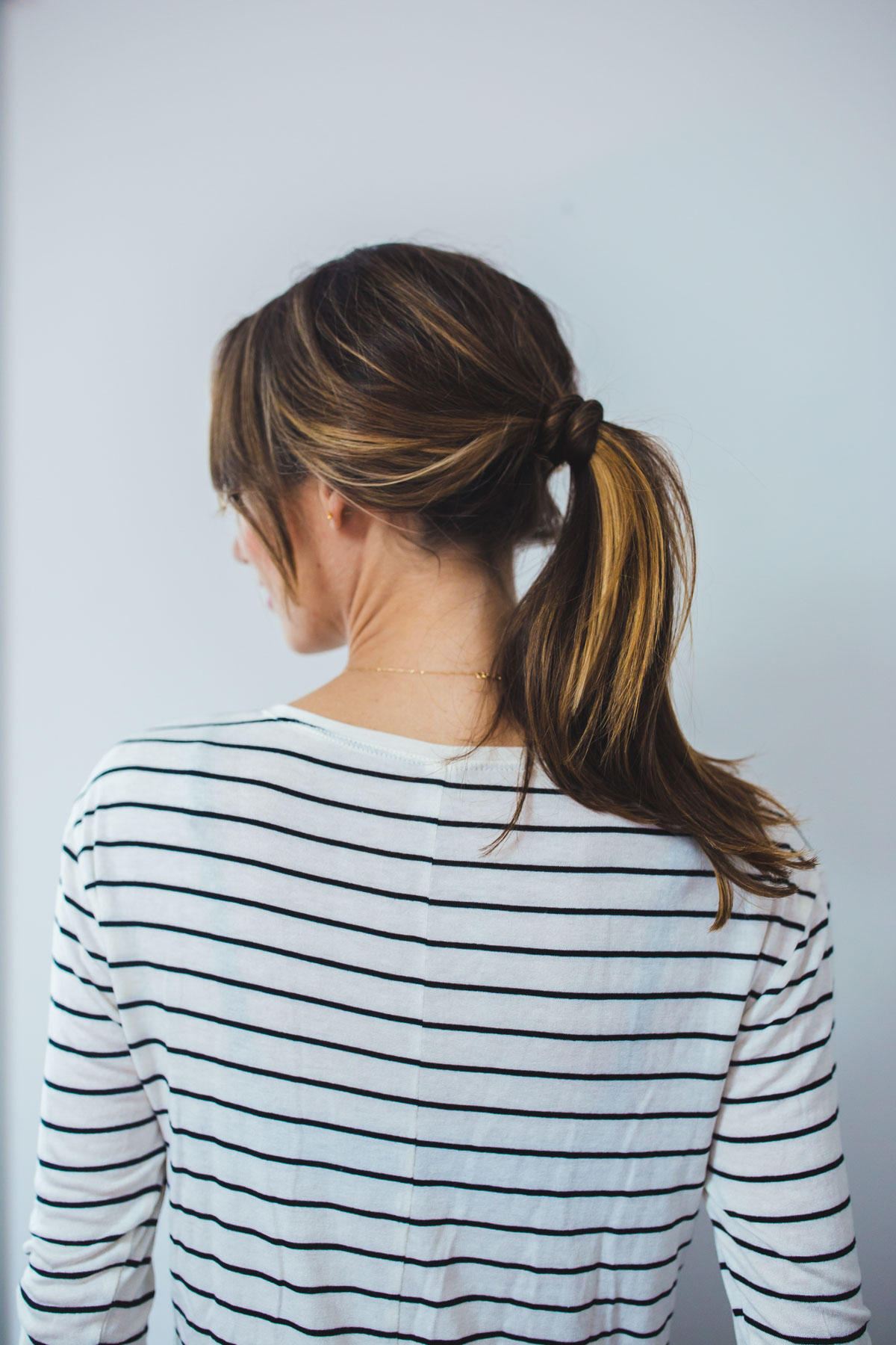 2 Insanely Easy Ponytail Hairstyles The Fox She Beauty