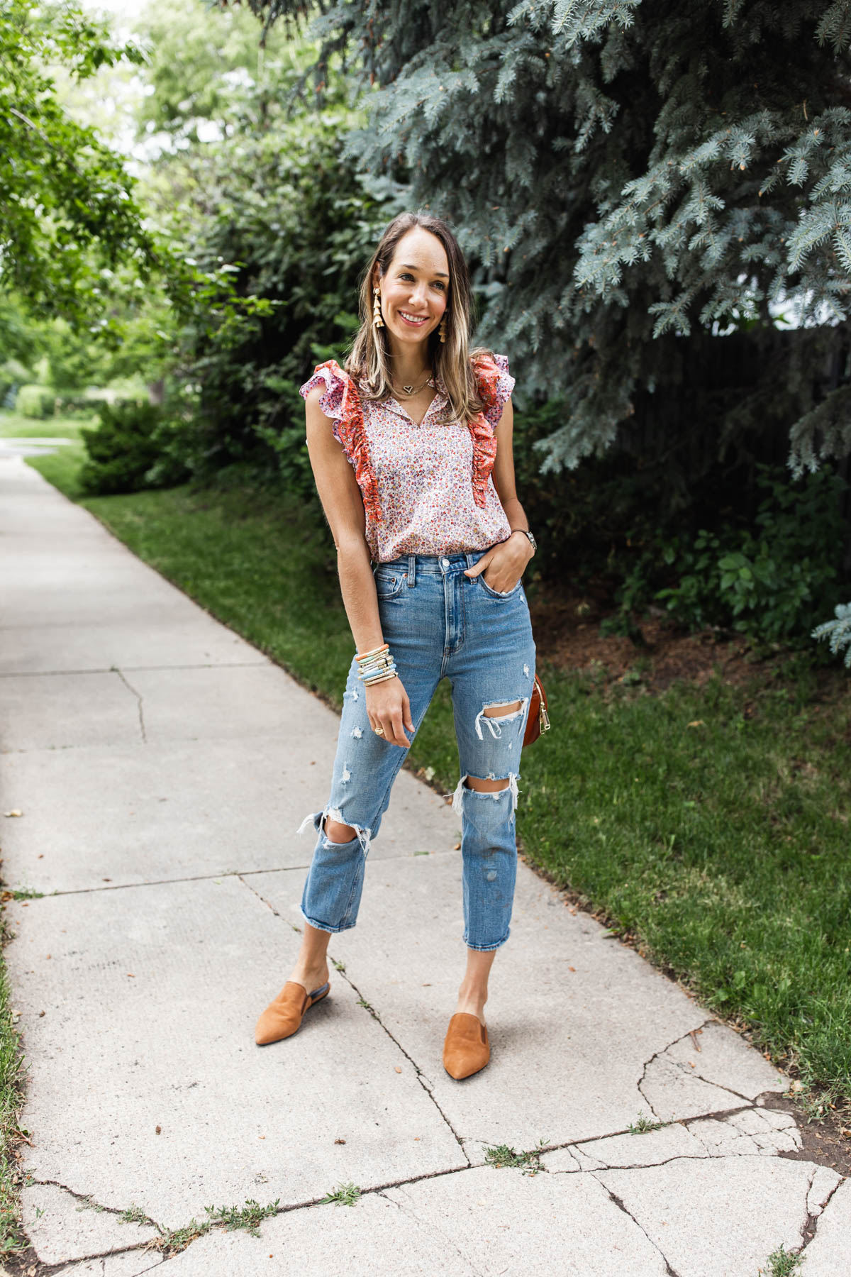 ruffled top and jeans outfit